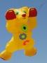 Teddybaer 1,5m goldgelb  rot